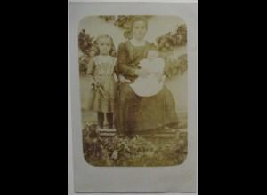 Frau mit Kinder, Fotokarte ca.1900 (35175)