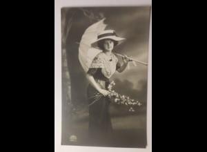 Frauen, Mode, Schirm, Hutmode, 1920 ♥ (59194)