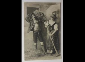 Frauen, Männer, Mode, Trachten, Scheune, Bauern, 1910 ♥ (20147)