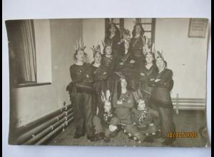 Karneval Kostüme, Jungen als Indianer verkleidet, ca. 1930 ♥ (53749)