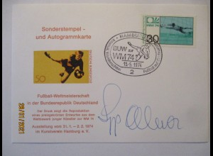 Fußball WM 1974 Torwart Sepp Meier Autogramm auf Karte (71256)