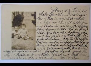 Kinder Baby, Fotokarte 1923 aus Bern