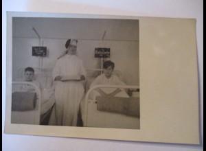 Berufe, Krankenschwestern, Fotokarte 1949, vermutlich Berlin (16848)