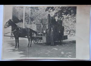 Kutsche mit Burg-Modell, seltene Fotokarte (27229)