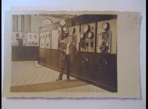 Berufe, Mann mit Maschine, Fotokarte ca. 1910 (40060)