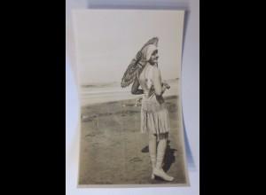 """Mode, Frauen, Schirm"" 1909 ♥"