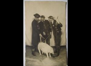 Zirkus Variete Theater, Männer mit Schwein-Attrappe ca.1930 ♥ (111)